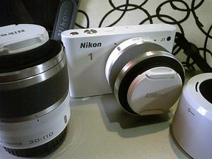 ミラーレス一眼・Nikon1 J1